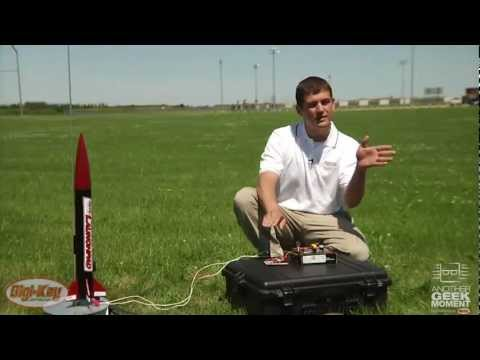 Texas instruments msp430 launchpad -- another geek moment video